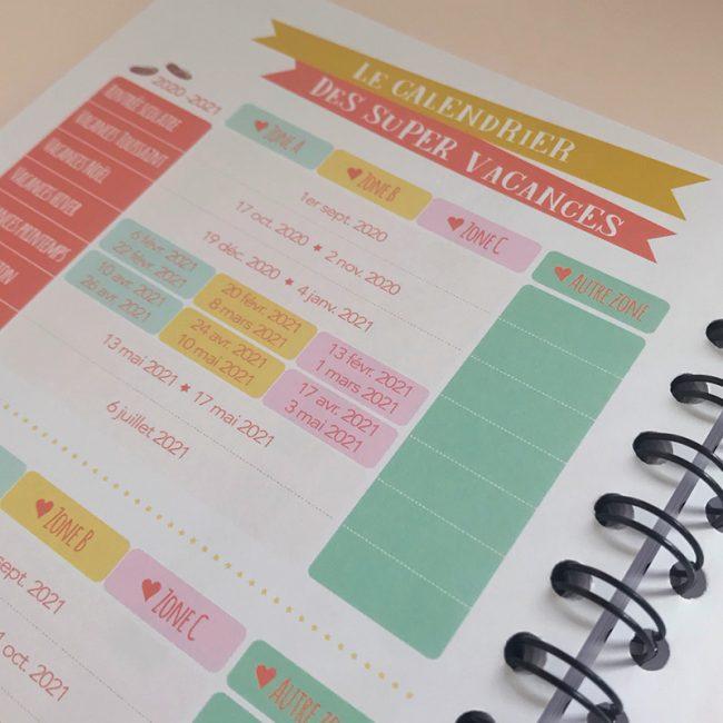 L'agenda perpétuel périscolaire pour l'accueil de 2 enfants vacances scolaires