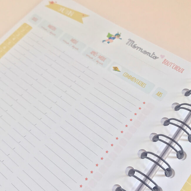 L'agenda perpétuel périscolaire pour l'accueil de 2 enfants feuille présences mensuelles de l'accueil de l'enfant le matin, midi, après-midi